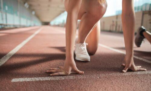 kolano biegacza i skoczka